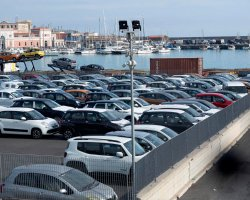 Parquery tells customers how long each vehicle has been parked in docks.